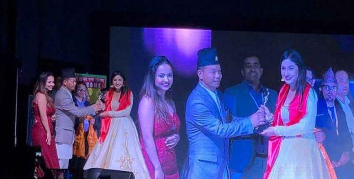 युएईमा दोस्रो नेपाली म्युजिक अवार्ड समारोह सम्पन्न